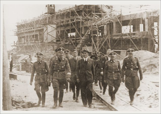reichsfuehrer_ss_heinrich_himmler_tours_the_monowitz-buna_building_site_in_the_company_of_ss_officers_and_ig_farben_engineers.jpg