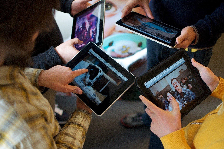 μαθητες tablet voucher 200 ευρώ