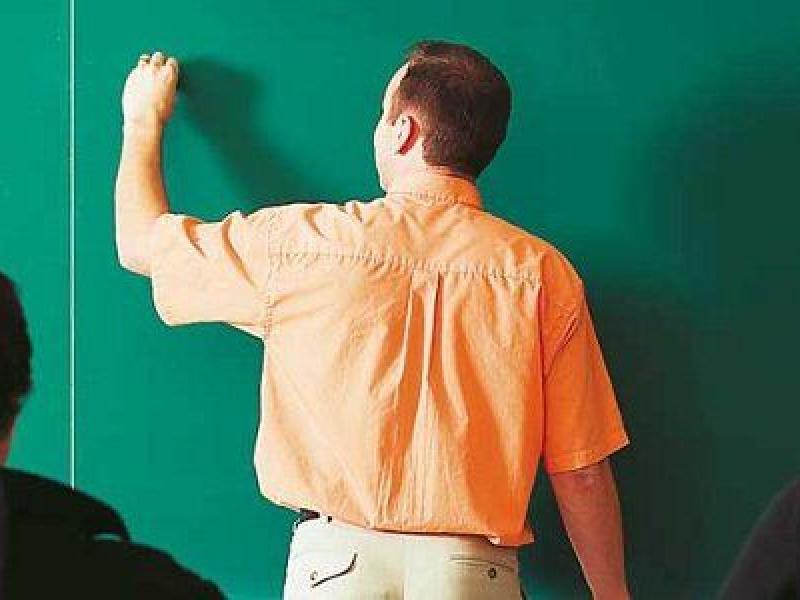 Εκπαιδευτικοί-Κυκλάδες: Βιαστικό το άνοιγμα των σχολείων