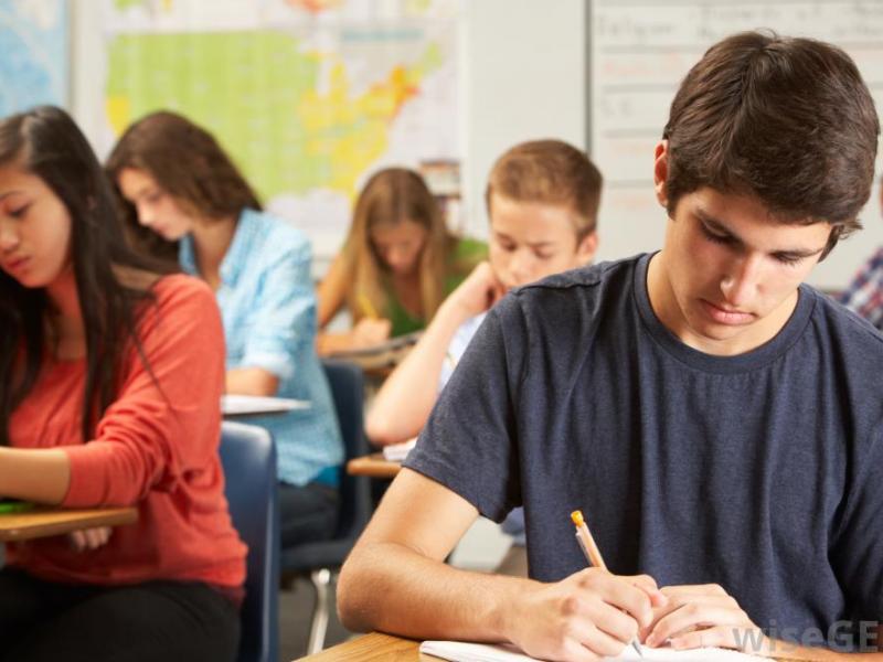 Το πρόγραμμα των πανελλαδικών εξετάσεων για τα ειδικά μαθήματα και τα ΤΕΦΑΑ