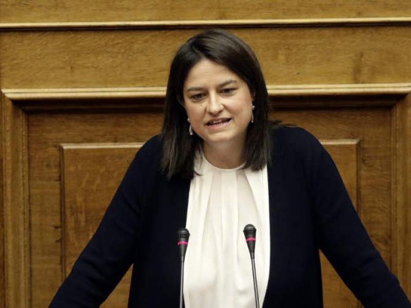 Το βιογραφικό της νέας υπουργού Παιδείας, Νίκης Κεραμέως
