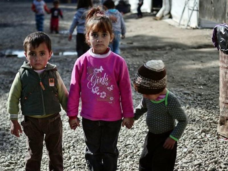 """Αποτέλεσμα εικόνας για ΕΛΜΕ ΣΑΜΟΥ: Εκτός εκπαίδευσης τα προσφυγόπουλα στη Σάμο"""""""