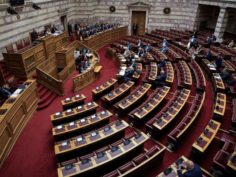 ΣΥΡΙΖΑ: Οπισθοδρόμηση η αναιτιολόγητη κατάργηση των νέων προγραμμάτων σπουδών της Ιστορίας
