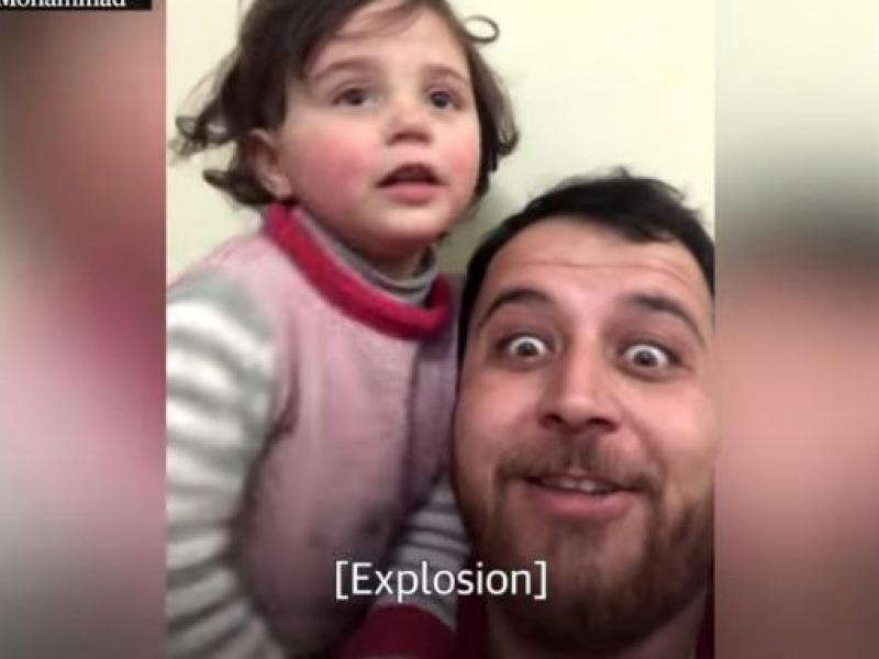 Συρία: Πατέρας έμαθε στην κόρη του να γελάει με τις βόμβες