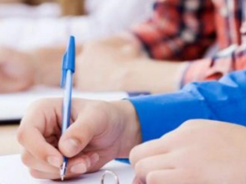 Τη λήξη των μαθημάτων χωρίς εξετάσεις εξετάζει το υπουργείο Παιδείας - Ανοιχτή η ημερομηνία των πανελλαδικών