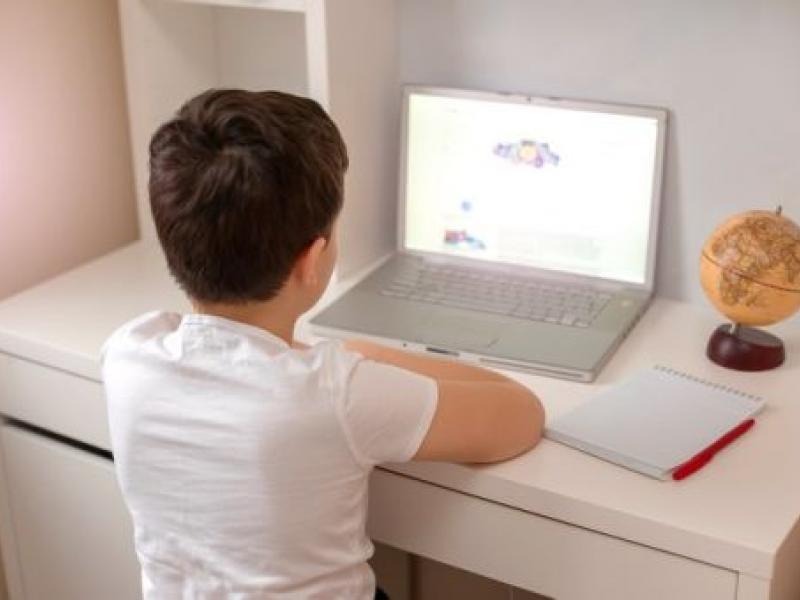 Τηλεκπαίδευση: Στην Ικαρία το 30% των μαθητών δεν έχει πρόσβαση στο διαδίκτυο