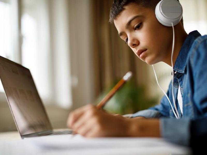 Τηλεκπαίδευση – Webex: Απροστάτευτα τα προσωπικά δεδομένα μαθητών – Χρήστες «φαντάσματα» εισβάλλουν στο σύστημα