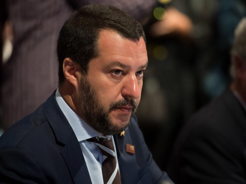 Ιταλία: Ο Σαλβίνι τάσσεται υπέρ της επαναλειτουργίας των