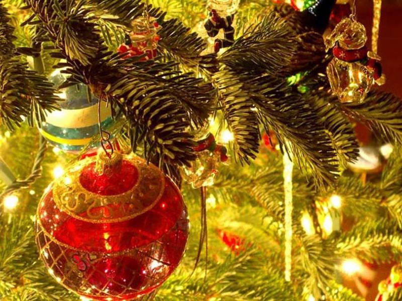 a1816f8b4cca Πώς θα στολίσεις σωστά το χριστουγεννιάτικο δέντρο