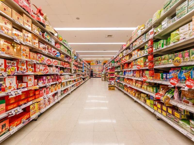 Απέλυσαν υπάλληλο super market για μερικές φέτες κασέρι και σαλάμι ...