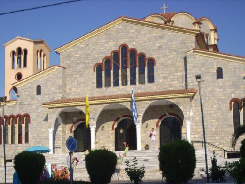 Η Ιερά Μητρόπολη Τριφυλίας απαγορεύει την περίθαλψη αδέσποτων στον ...