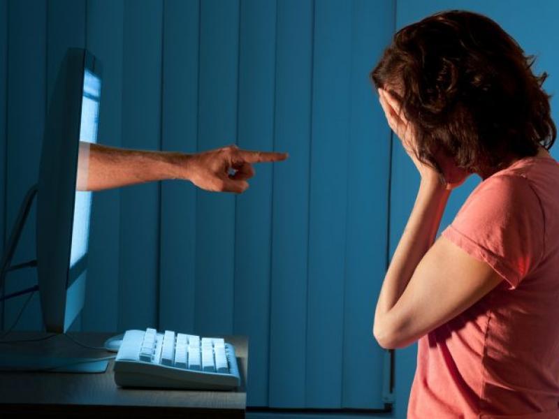 Τηλεκπαίδευση: Το 46,2% των εκπαιδευτικών βίωσε περιστατικό παρενόχλησης