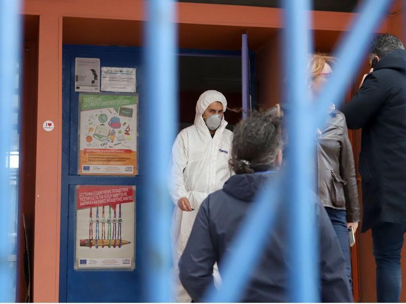 Να ληφθούν άμεσα μέτρα κατά της εξάπλωσης του κορονοϊού στα σχολεία