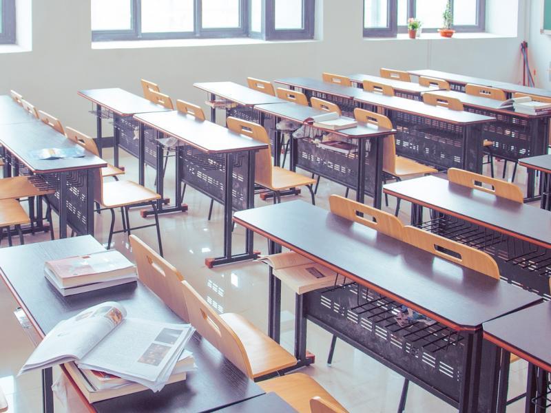 Άνοιγμα σχολείων: Τα σενάρια που εξετάζει η κυβέρνηση-Πότε ανοίγουν τα δημοτικά