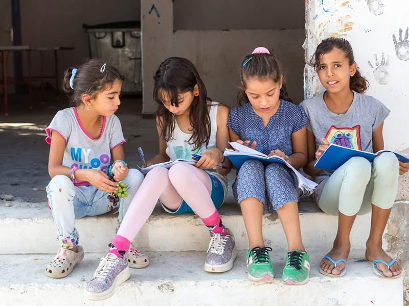 Προσφυγόπουλα στα σχολεία: 15μελής ομάδα εργασίας για ανάδειξη πολιτικών ένταξης - Ονόματα