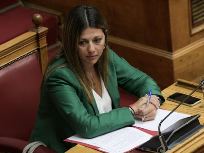 Κυβέρνηση – ΣΥΡΙΖΑ διαφωνούν …συμφωνώντας για την τηλεκπαίδευση και η Σ. Ζαχαράκη εξαγγέλλει πρόγραμμα «επιμόρφωσης» 180.000 εκπαιδευτικών!