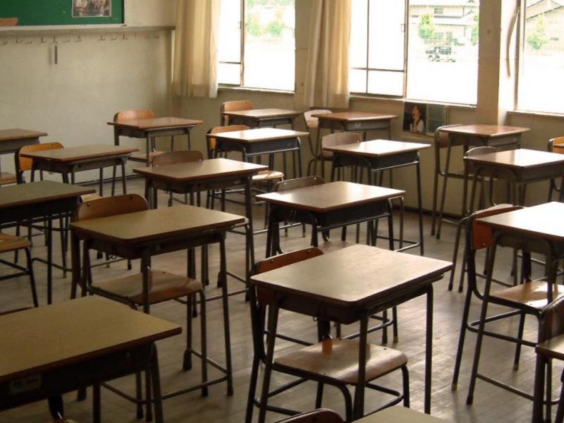 Εκπαιδευτικοί-γονείς στη Λέσβο: Σε ακατάλληλα και επικίνδυνα κτίρια στεγάζονται οι μαθητές