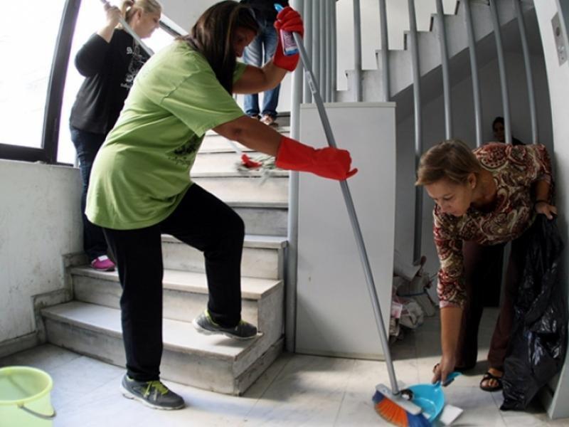καθαρίστριες σχολείων