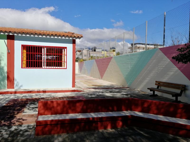 «Μαθήματα» ζωής στο σχολείο: Γονείς και παππούδες βοήθησαν στην ανακαίνιση νηπιαγωγείου