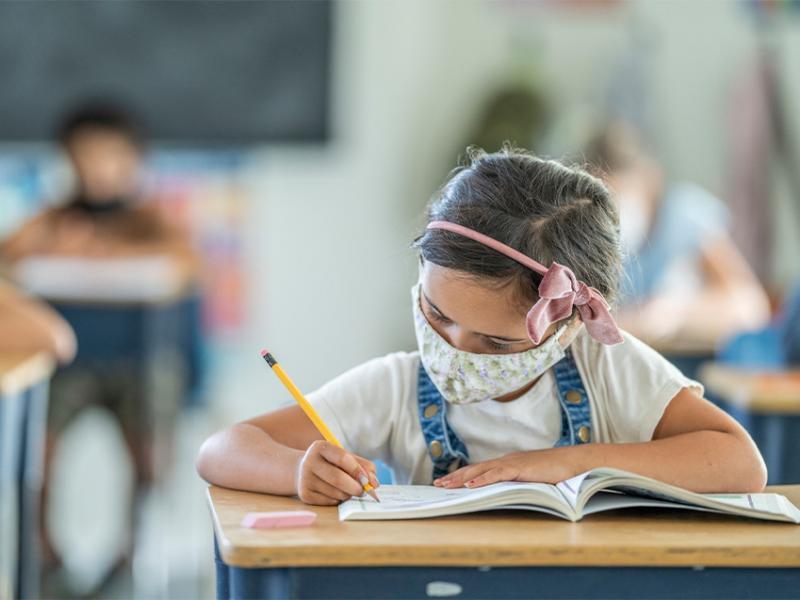 Αύξηση των κρουσμάτων κορονοϊού στα δημοτικά σχολεία