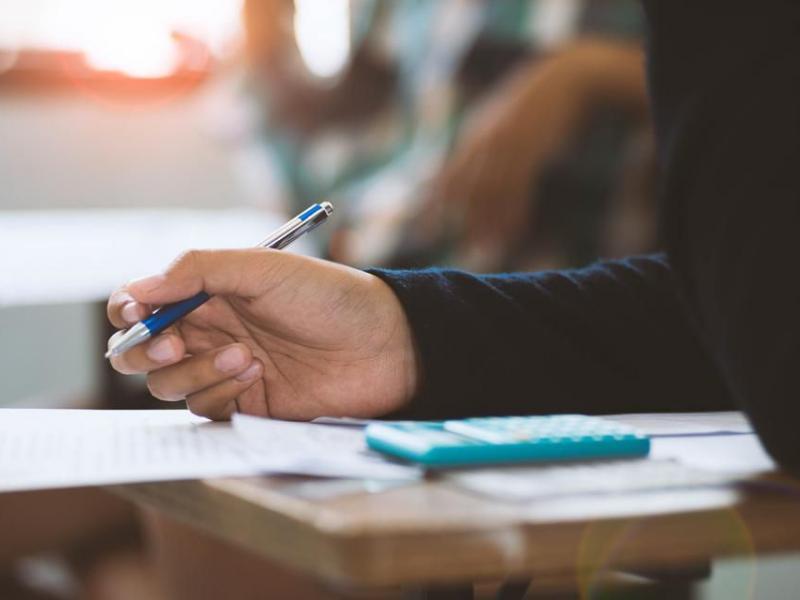 Μαθητές: Μην γίνουν φέτος οι ενδοσχολικές εξετάσεις