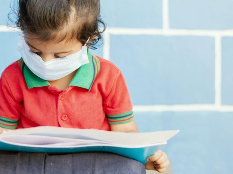 Άνοιγμα σχολείων: 4+1 σχέδια για την αντιμετώπιση της πανδημίας στα σχολεία;