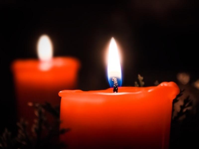 death candles θάνατος εκπαιδευτικού
