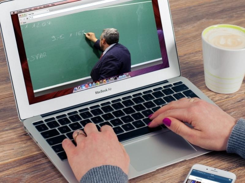 τηλεκπαίδευση, διδασκαλία, υπολογιστής, μαθητές, εξ αποστάσεως εκπαίδευση και διδασκαλία
