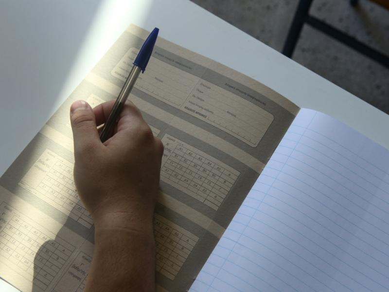 Σχολεία: Παράταση χρονιάς χωρίς προαγωγικές - Κανονικά οι πανελλαδικές