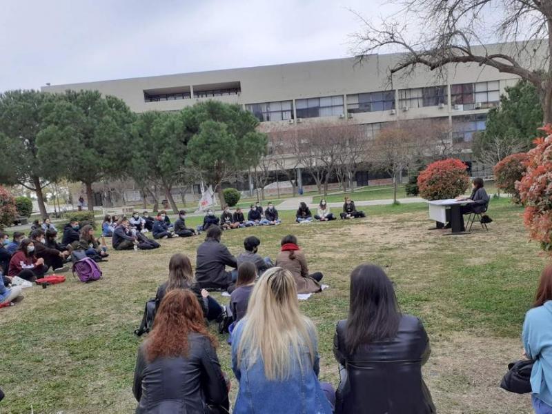 ΑΠΘ: Νέο δια ζώσης μάθημα από το Σύλλογο Φοιτητών Νομικής