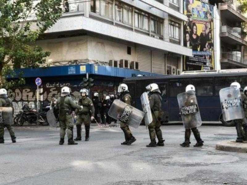 Οικονομικό Πανεπιστήμιο: Χημικά μετά το εκπαιδευτικό συλλαλητήριο