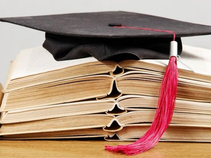 Αποκλεισμένοι 4.000 ευάλωτοι φοιτητές από κρατική υποτροφία